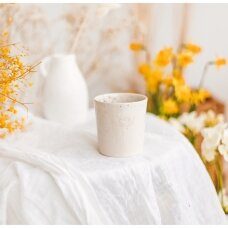 Keraminis puodelis su bite