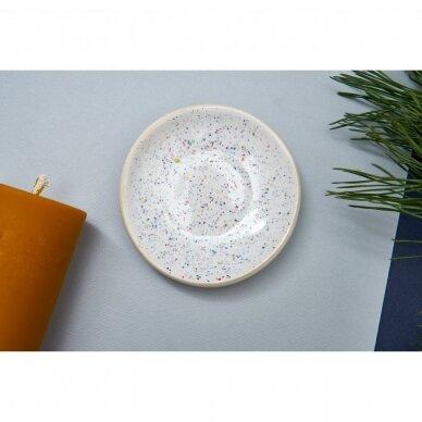 Keraminė lėkštelė žvakei (balta su taškeliais)