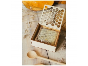 Honey comb in a wooden gift box
