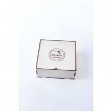 Medaus skanėstų rinkinys medinėje dėžutėje (4 x 50 g)