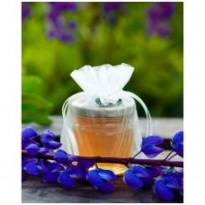Medutis organzos maišelyje su rožyte (baltos sp.)