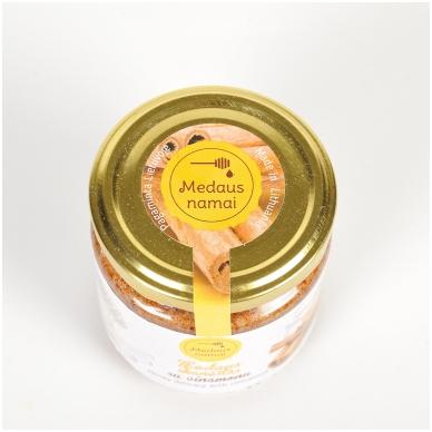 Medaus skanėstas su cinamonu, 200 g 2