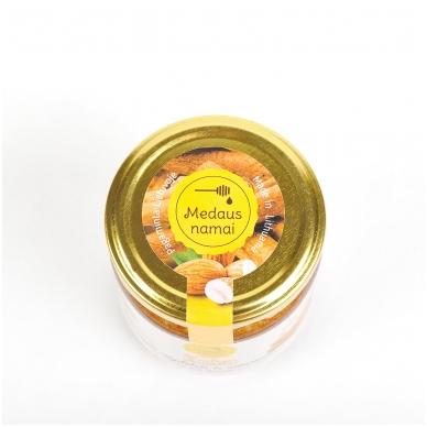 Medaus skanėstas su migdolais ir cinamonu, 200 g 2