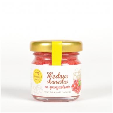 Medaus skanėstas su spanguolėmis, 50 g