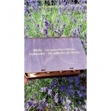 Medaus skanėstų asorti dovanų dėžutėje (juodos sp.) 3