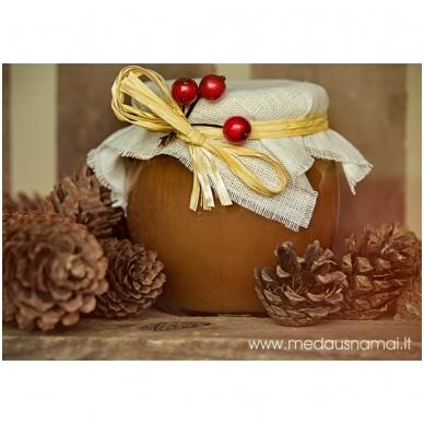 Medus, papuoštas drobe ir uogomis, 700 g